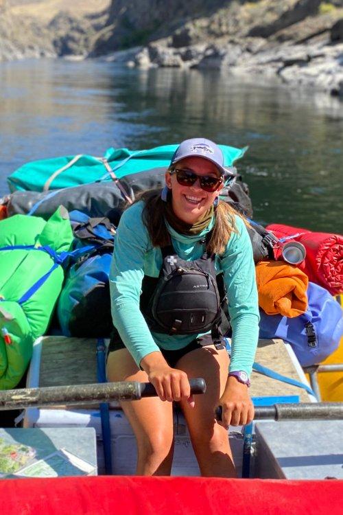 idaho guide in an oar raft
