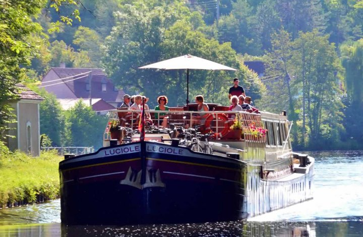 Luxury Hotel Barge Luciole in France