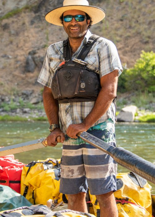 Rafting guide on sweep boat