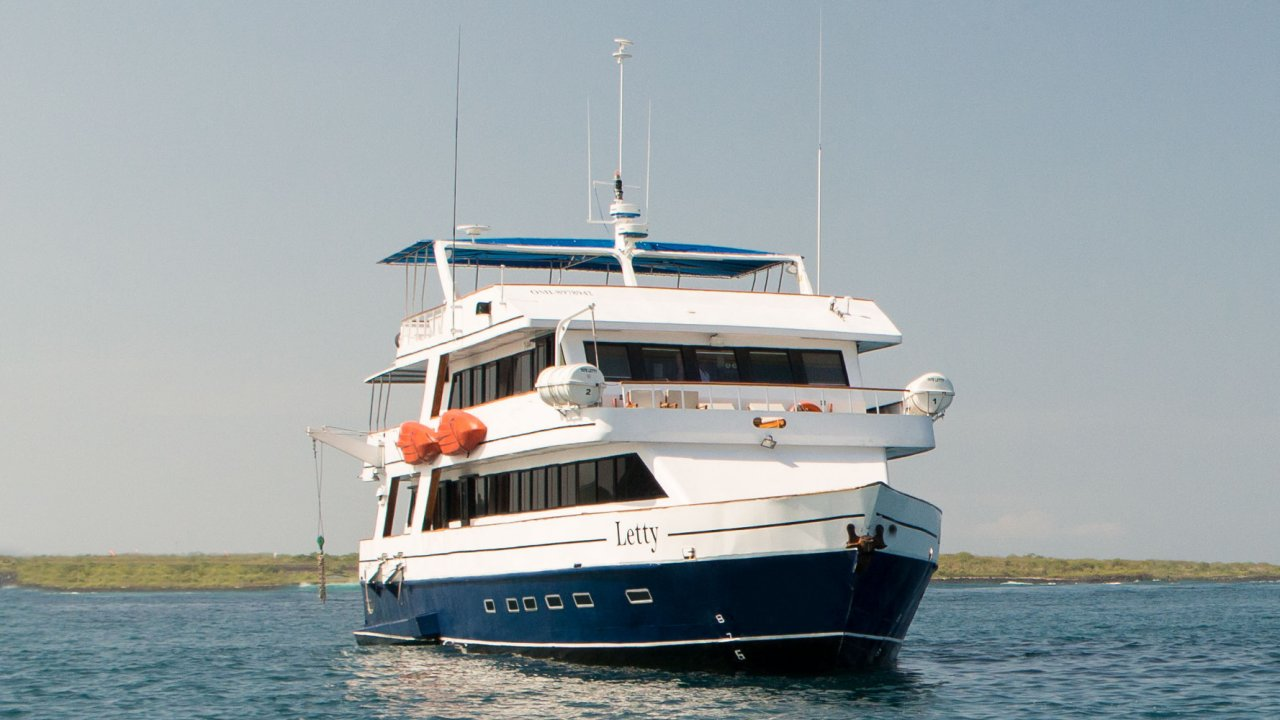 Letty Yacht Galapagos