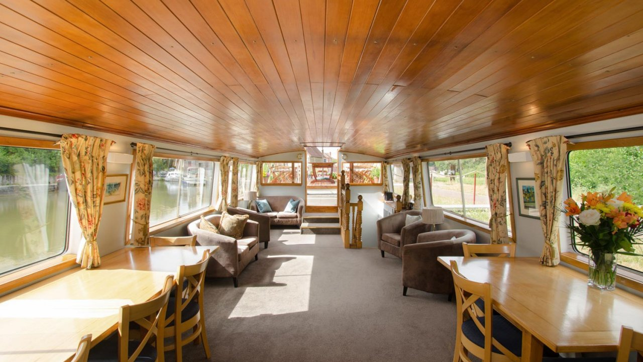 common area inside french barge