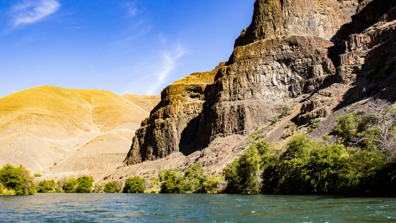 deschutes river overview