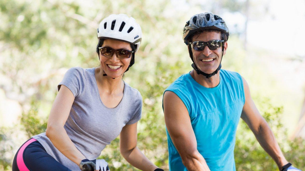 family biking in idaho
