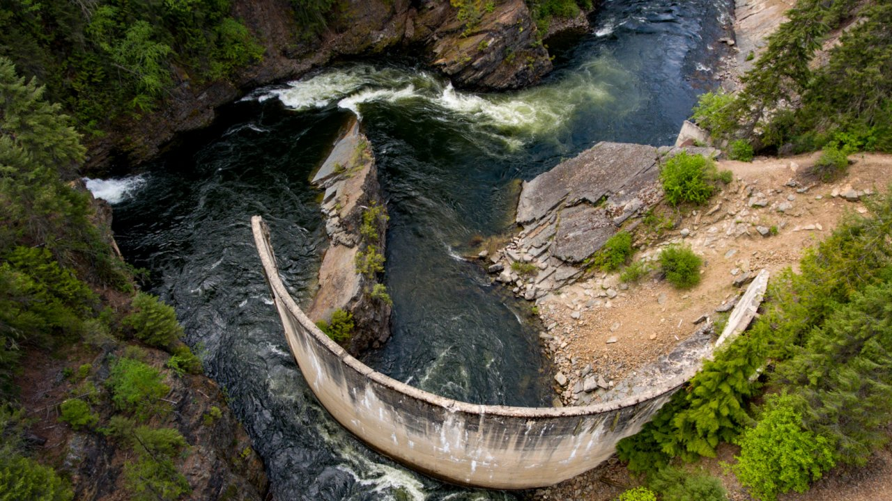 rafting tour on the moyie river in idaho
