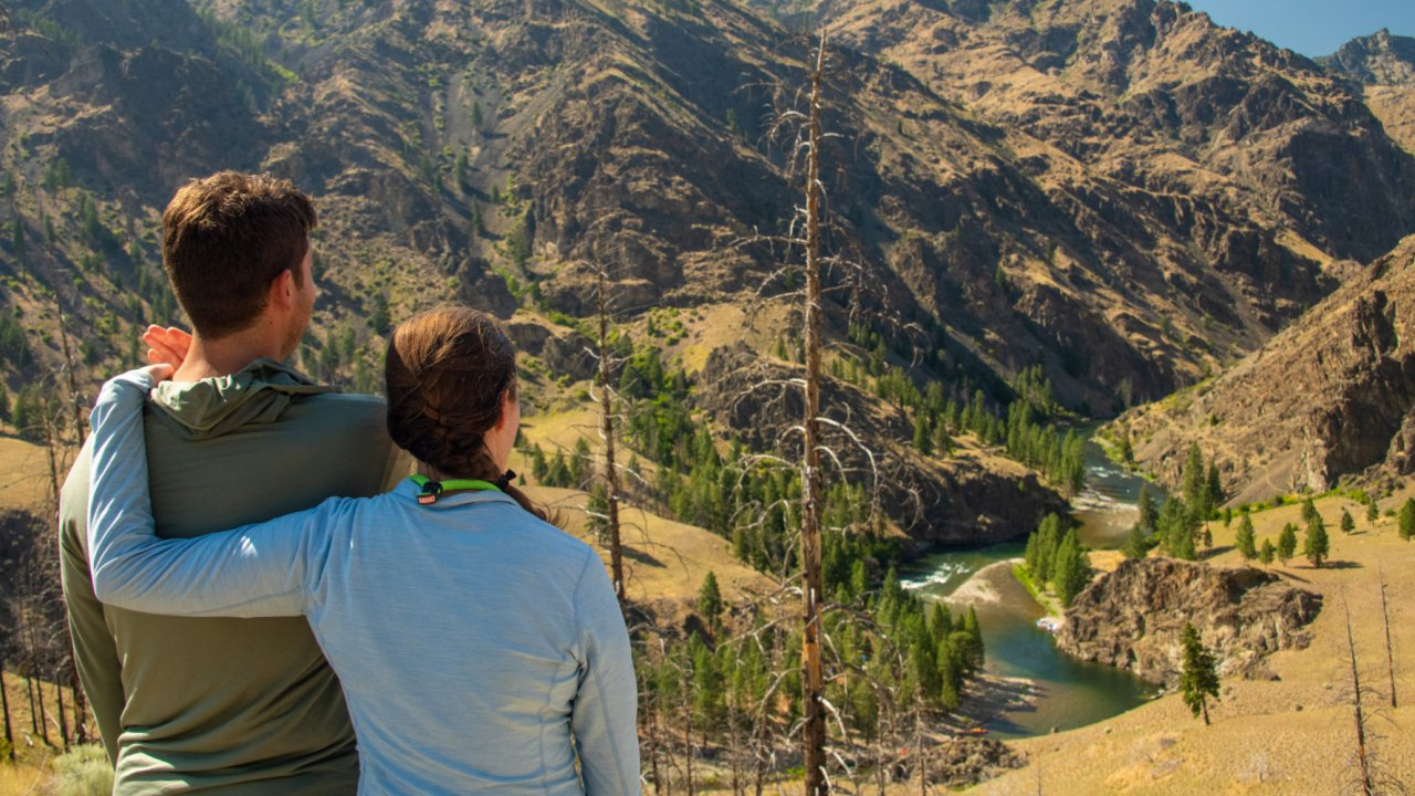 couple overlooking the salmon river