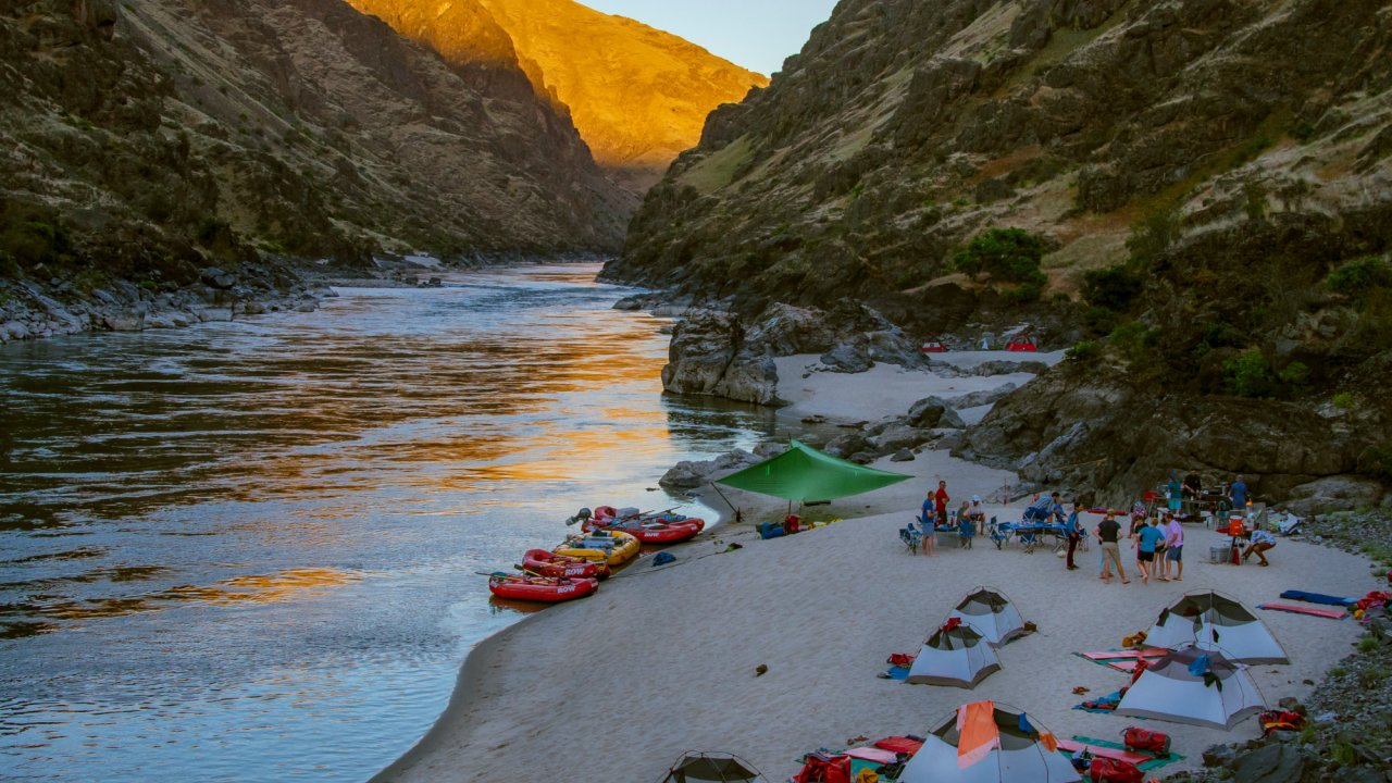 Rafting camp on a beach along the snake river