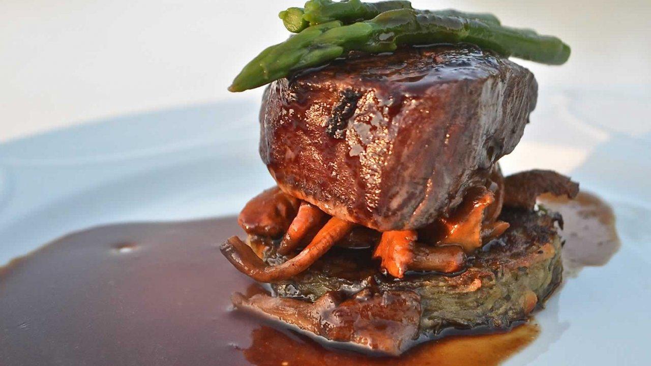 beef filet with wild mushrooms