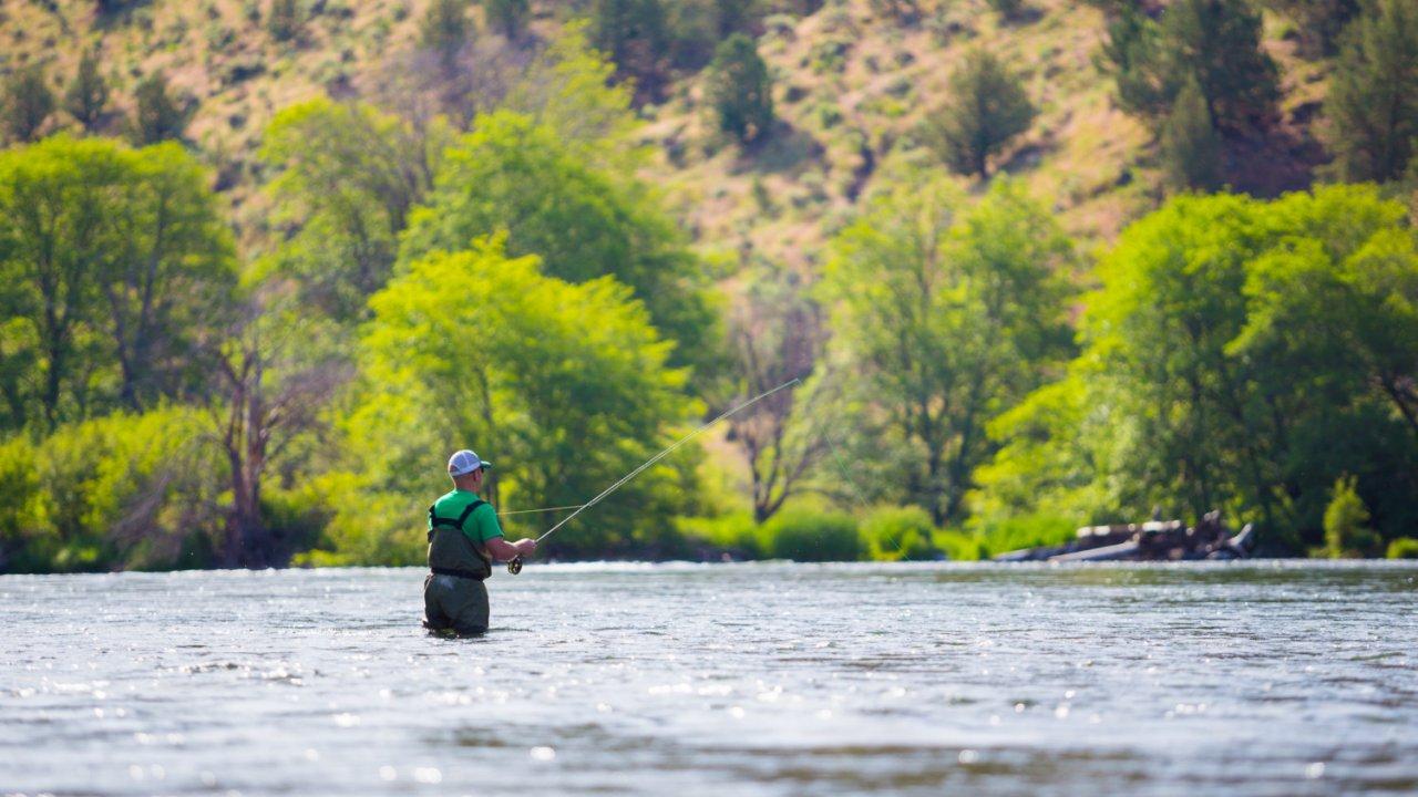 fly fishing in oregon