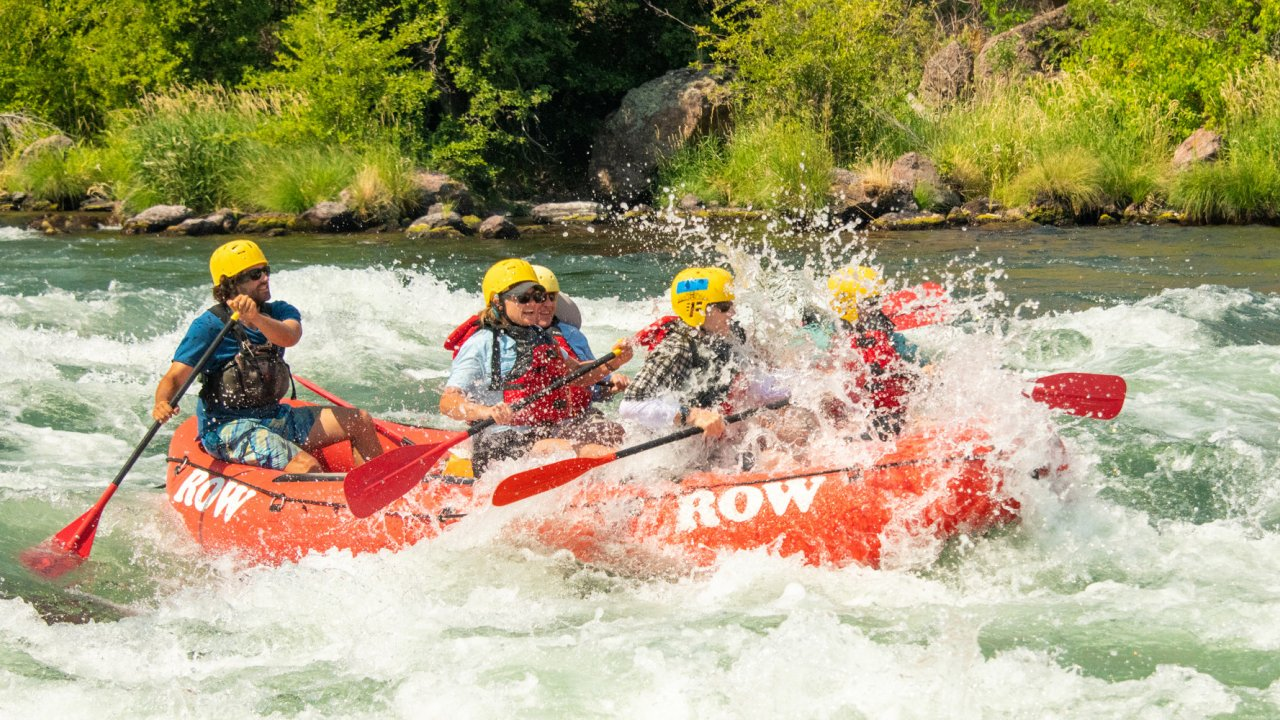 whitewater rapids along the Deschutes River