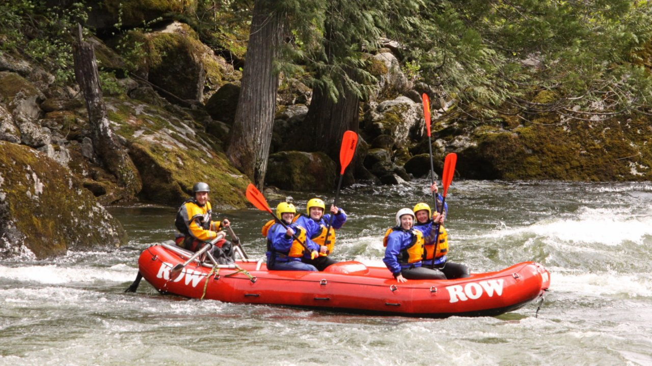 whitewater rafting group on the lochsa river in Idaho