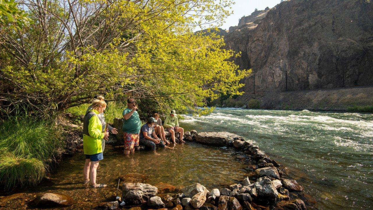 riverside pool Deschutes river