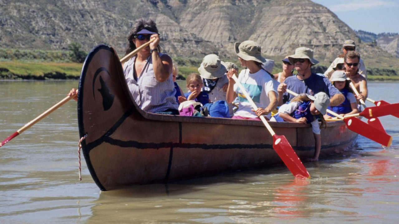 voyager canoe on the missouri river