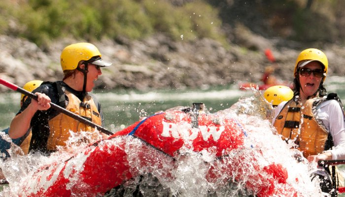 top white water rapids in the pacific northwest
