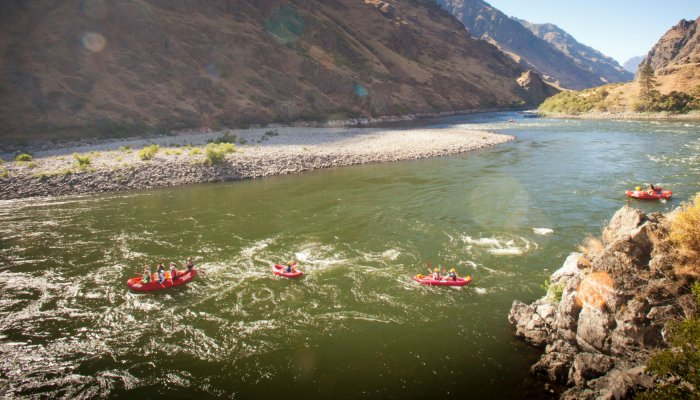rafting the snake river in idaho