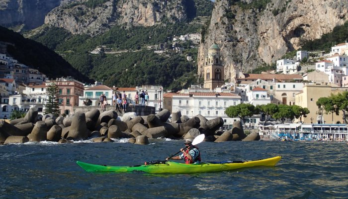 kayaking in Italy
